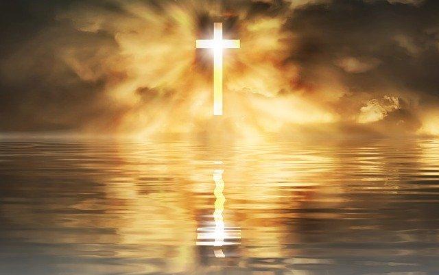 Kreuz im Meer